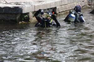 umweltschutz-medientauchen-muell-wasser